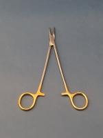 Crile Wood Needle Holder